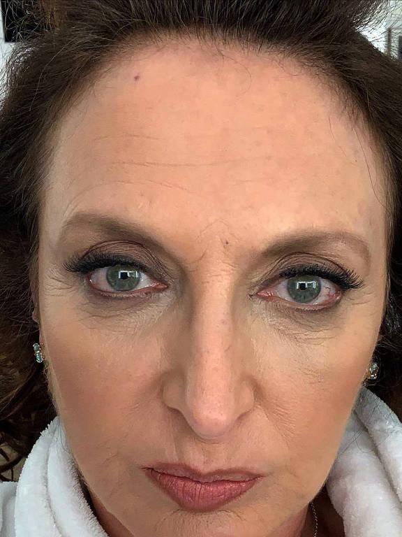 Imagens da atriz Debora Olivieri