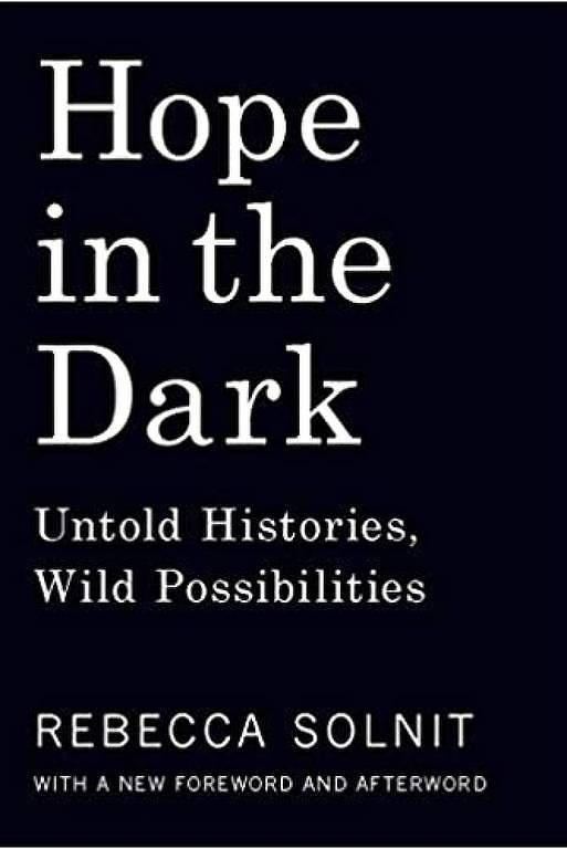 "Capa do livro ""Hope in the Dark"", de Rebecca Solnit"