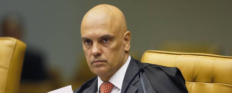 Ministro Alexandre de Moraes durante a sessão plenária