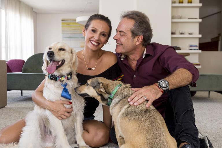 Luisa Mell, ativista pelos direitos dos animais e apresentadora, com o marido Gilberto Zaborowsky