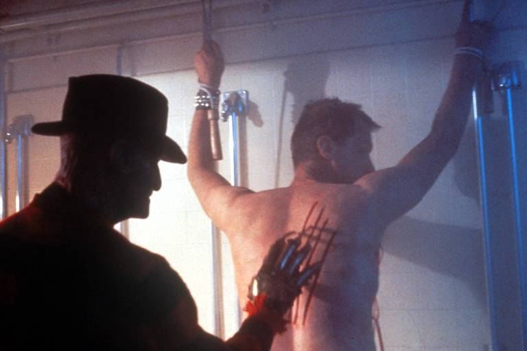 """Cena do filme """"A Hora do Pesadelo 2: A Vingança de Freddy"""", de 1985"""