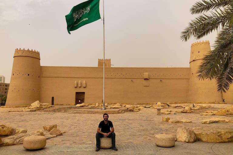 Rafael Dallacqua estava na Arábia Saudita quando o país decretou quarentena