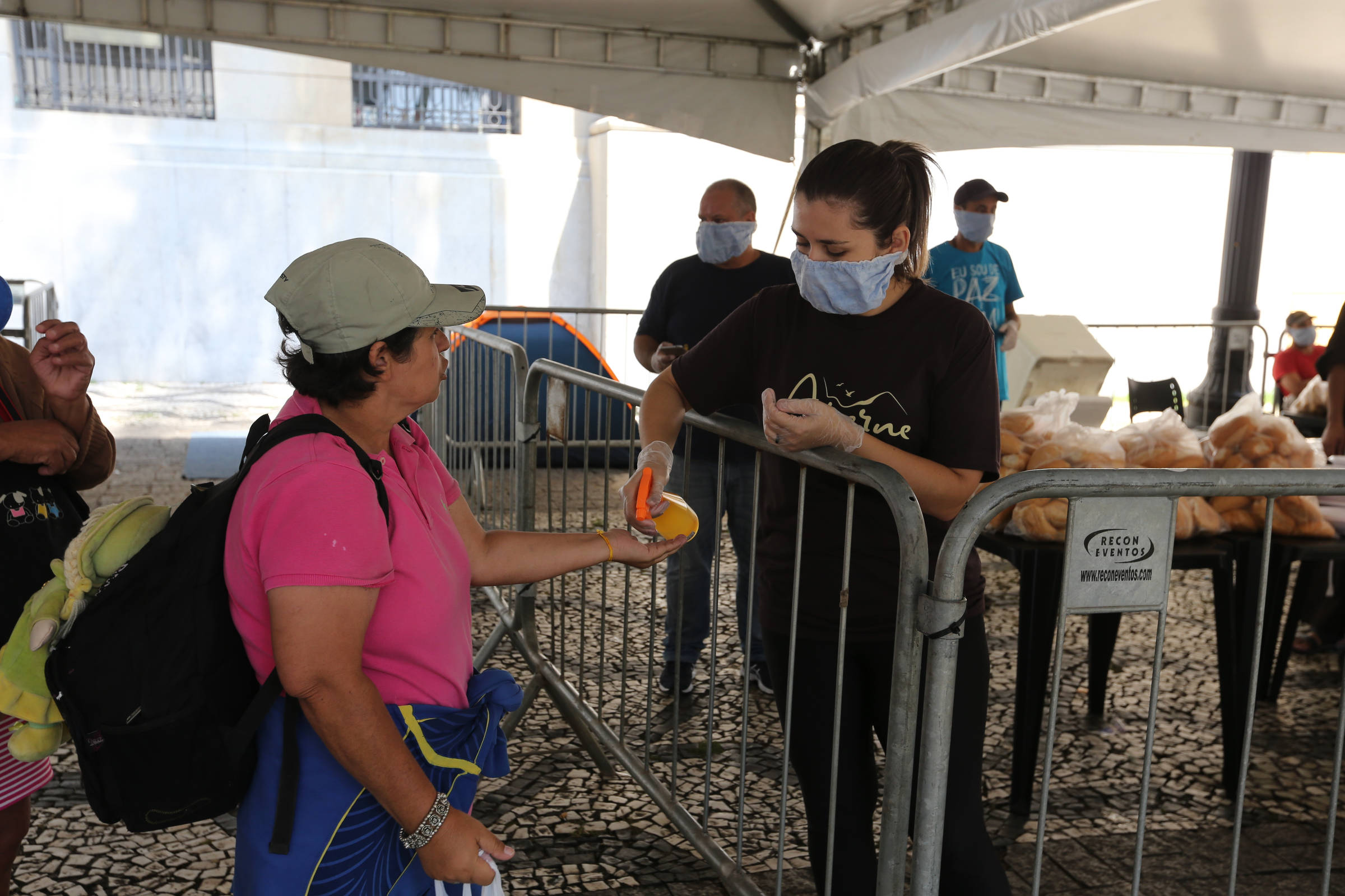 Veja as medidas do governo para conter demissões e ampliar assistência social durante crise do coronavírus