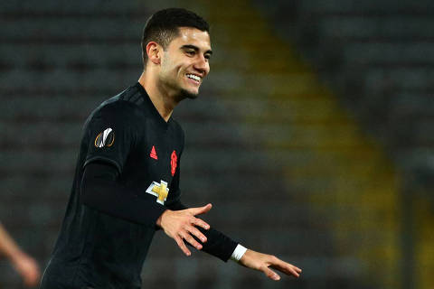 Soccer Football - Europa League - Round of 16 First Leg - LASK Linz v Manchester United - Linzer Stadion, Linz, Austria - March 12, 2020  Manchester United's Andreas Pereira celebrates scoring their fifth goal  REUTERS/Lisi Niesner ORG XMIT: AI