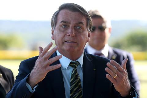 Base digital de Bolsonaro vê autoritarismo nas medidas de combate ao coronavírus