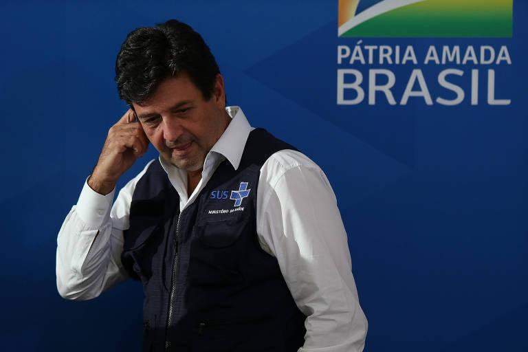 O ministro da Saúde, Luiz Henrique Mandetta, durante entrevista coletiva nesta sexta (3) no Palácio do Planalto