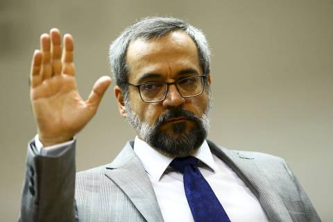 Racista, postagem de Weintraub é negativa para relação com Brasil, diz embaixada da China