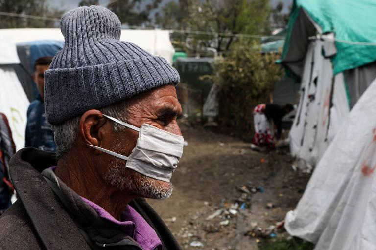 Coronavírus chega a campos de refugiados na Grécia, que decreta isolamento