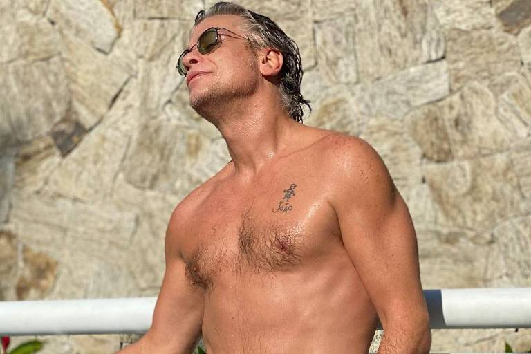 Fabio Assunção aparece com corpo sarado e recebe elogios de fãs