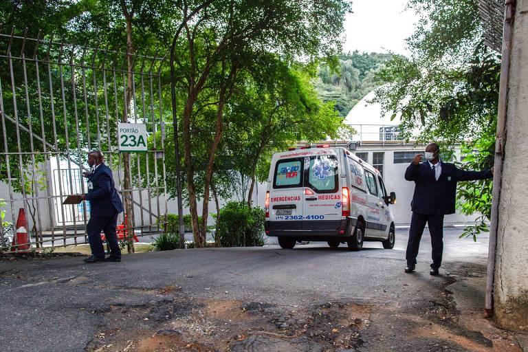 Hospital de campanha no Pacaembu começa a receber pacientes; veja fotos de hoje