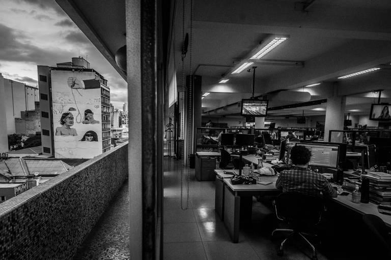 Após declaração da pandemia do coronavírus, grande parte da redação do jornal passou a trabalhar de forma remota