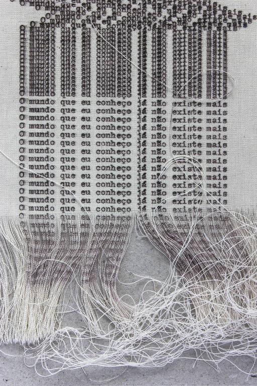 Obras de André Azevedo e o mundo que se desfaz