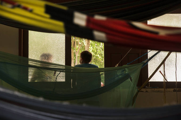 Ianomâmis conversam no Centro de Apoio ao Índio (Casai) em Boa Vista (RR)
