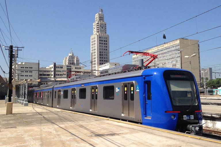 Trem utilizado pela SuperVia na estação Central do Brasil, no Rio de Janeiro
