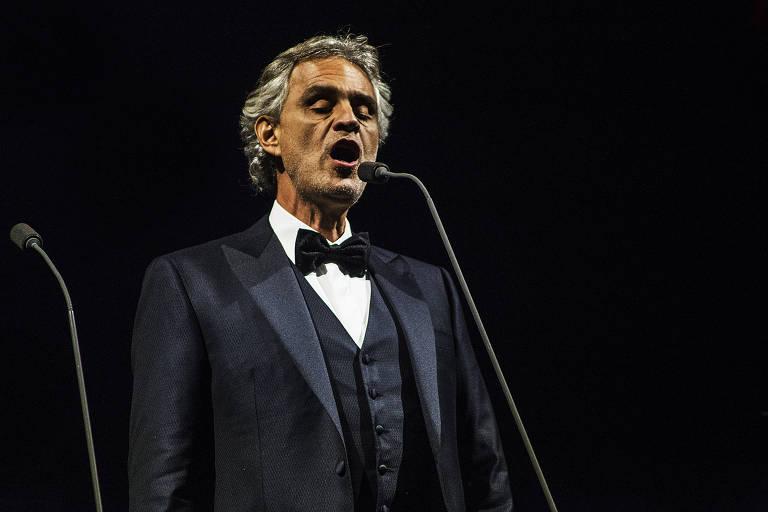 O tenor italiano Andrea Bocelli durante apresentação no Allianz Parque, em São Paulo (SP)