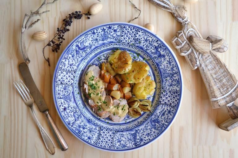 Aprenda a filé mignon suíno com batatas