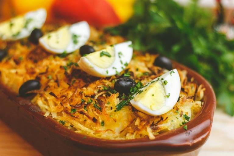 Restaurantes de SP entregam almoço de Páscoa