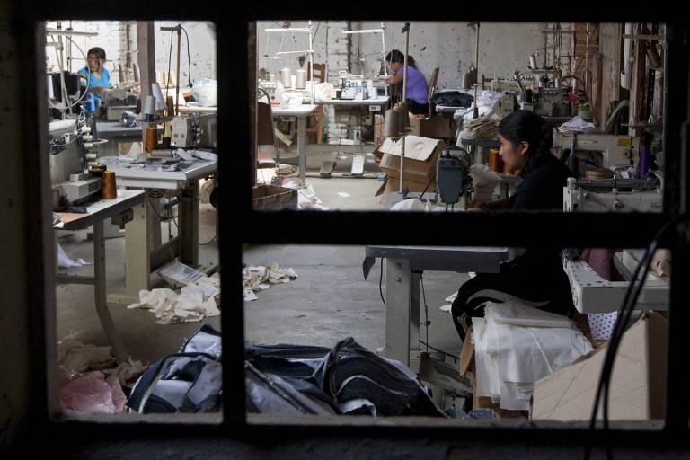 Vulneráveis, bolivianos de SP sofrem com pandemia e paralisação de oficinas