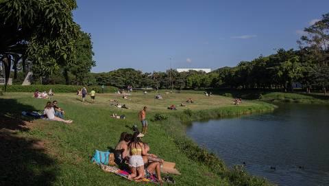 SP anuncia reabertura de parques e especialistas apontam para riscos