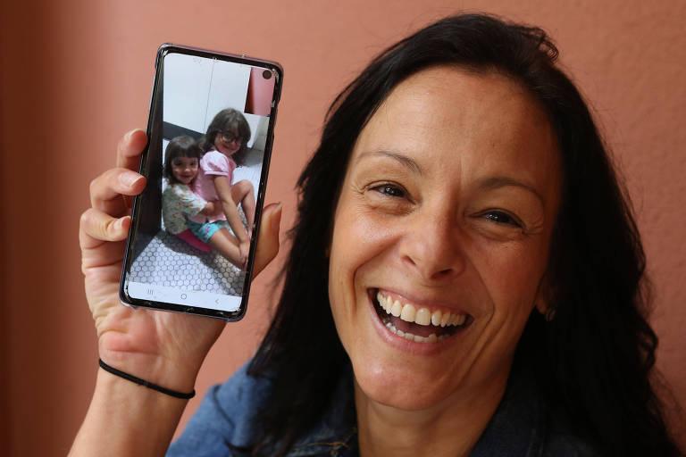 A revisora de texto Patricia Calazans, 46, fará chamadas de vídeo com as sobrinhas