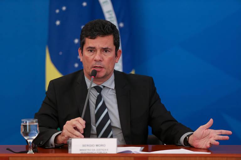 O ministro da Justiça, Sergio Moro, em entrevista sobre ações de combate ao coronavírus