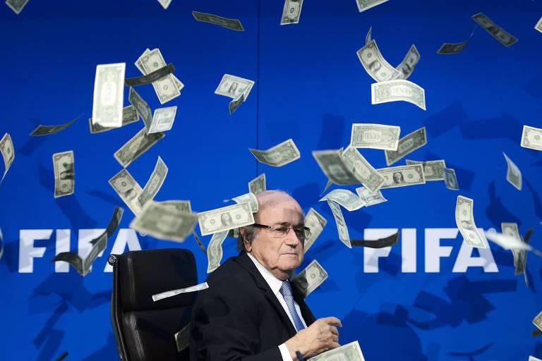 Combate à corrupção na Fifa é sucesso nos EUA e fracasso na Suíça