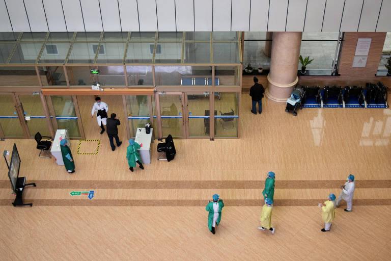 Coreia do Sul se prepara para eleições legislativas em meio à pandemia; veja fotos de hoje