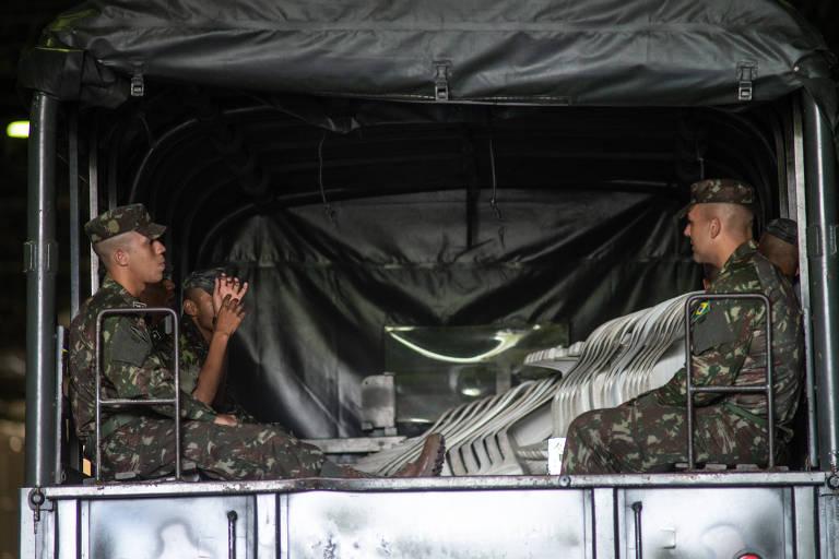 O Exército Brasileiro está produzindo máscaras de proteção contra o novo coronavírus para serem usadas pela corporação no combate contra a doença