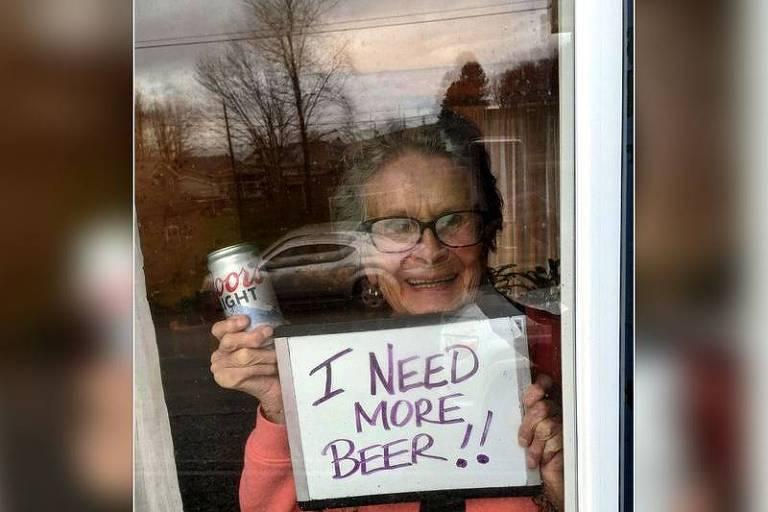 Idosa pede mais cerveja e ganha lote em casa nos EUA