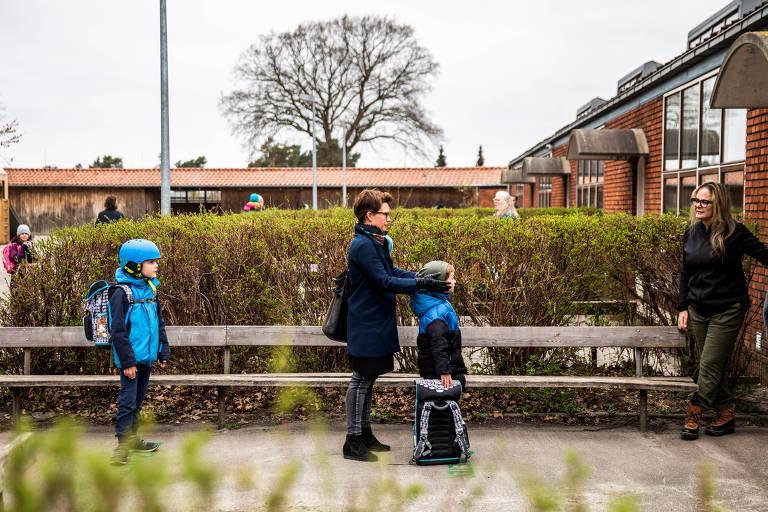 Na volta às aulas, pais dinamarqueses temem mandar filhos para escola