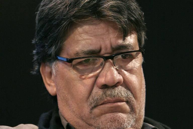 Escritor chileno Luis Sepulveda em lançamento de livro em Paris, em 10 de março de 2010