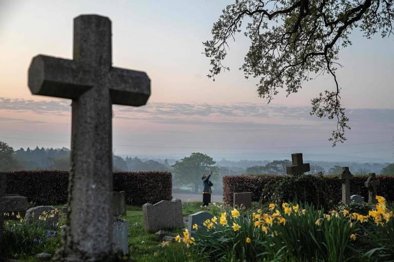 Cemitério de igreja em Hartley Wintney, a oeste de Londres