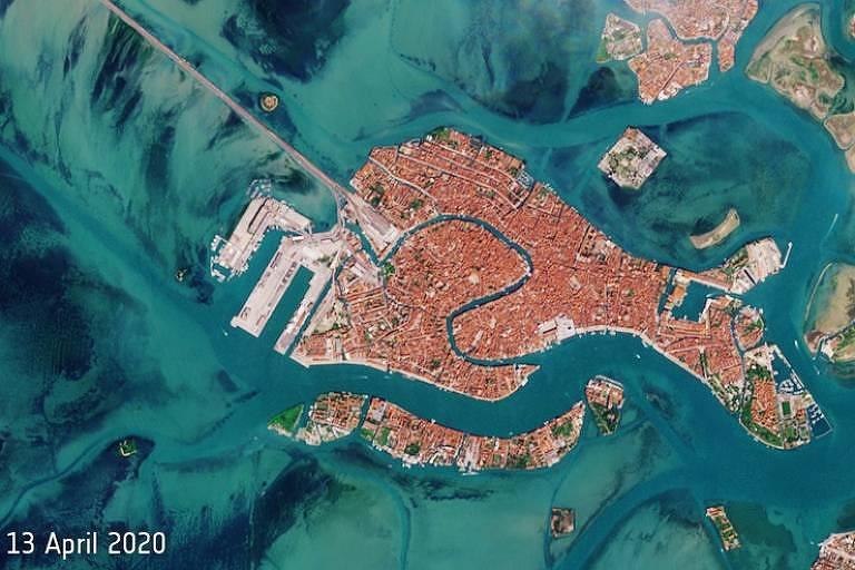 Imagens de satélite mostram canais de Veneza vazios durante pandemia