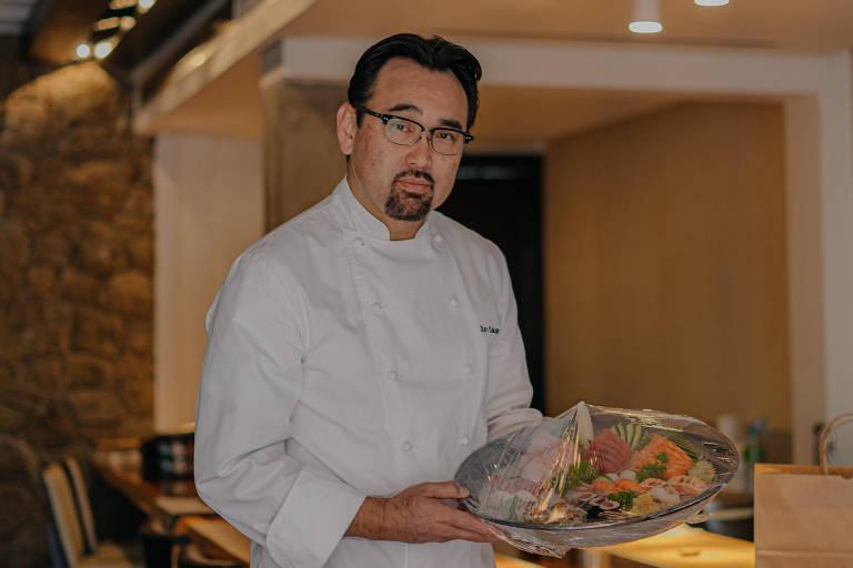 O sushiman, que fez escola na capital paulista ao preparar sushis com obsessão pelo detalhe e pela técnica