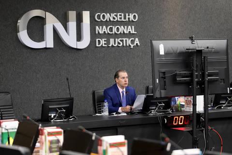 Judiciário cria drible em projeto de lei para tirar mais de R$ 500 mi do teto