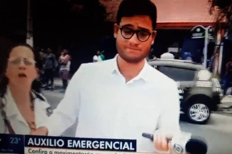 Mulher interfere em gravação da equipe de reportagem do RJTV, da Globo