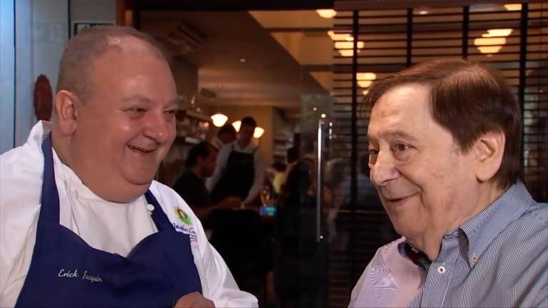 Érick Jacquin e Vincenzo Ondei, para quem o chef trabalhou no Le Coq Hardy, quando chegou ao país, durante o programa Masterchef Brasil