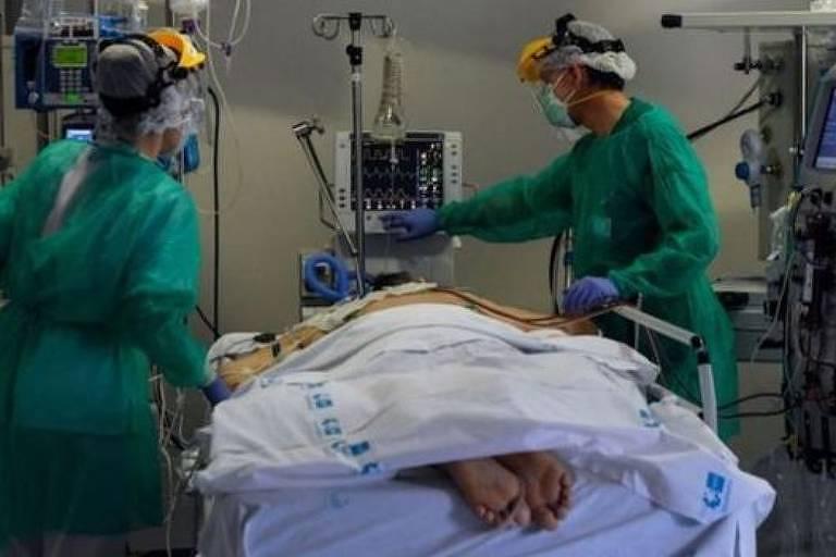 A pronação é uma técnica antiga mas eficaz para ajudar a combater doenças respiratórias graves