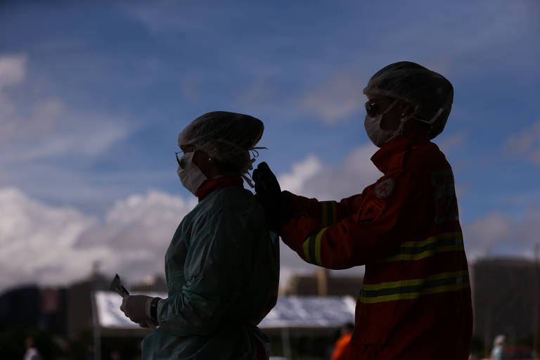 População do Distrito Federal passa mais de uma hora na fila para testar contra coronavírus