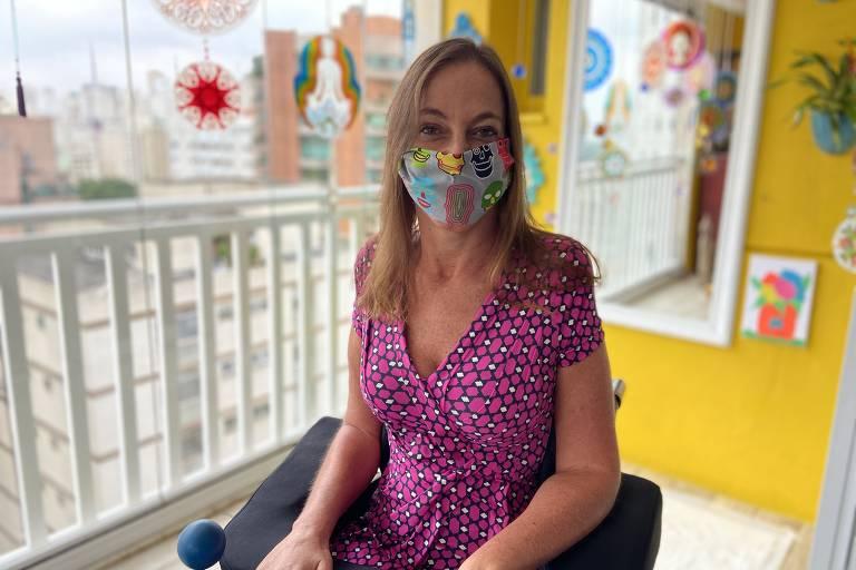 A senadora Mara Gabrilli (PSDB) com máscara feita de elásticos de cabelo