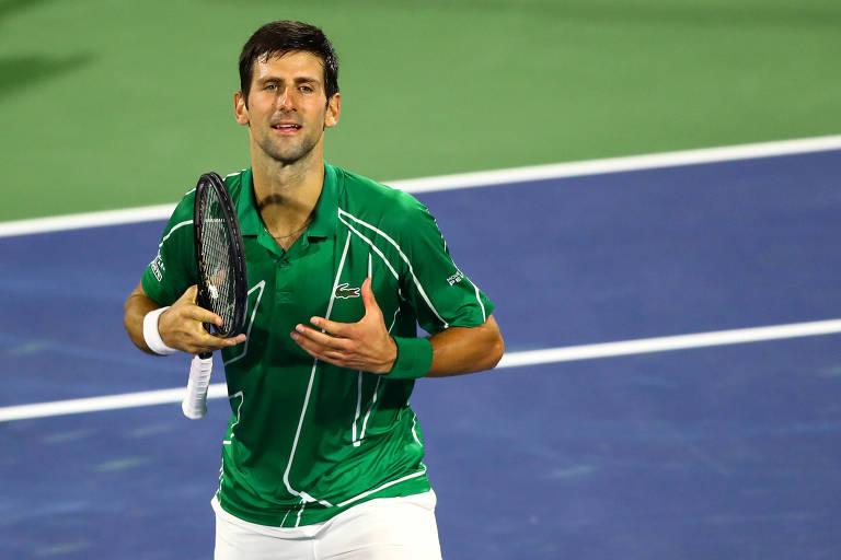 Novak Djokovic comemora título no ATP de Dubai