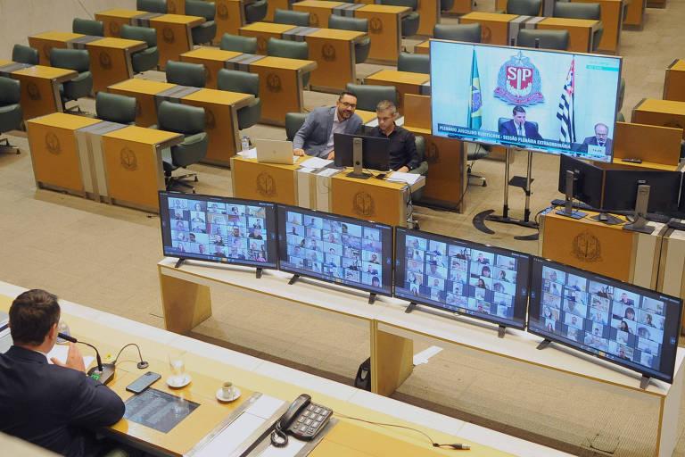 Cauê Macris (PSDB) comanda votação virtual na Assembleia Legislativa de SP