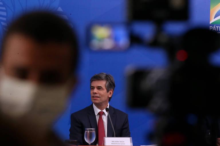 O ministro da Saúde, Nelson Teich, durante entrevista coletiva em Brasília