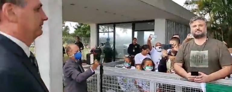 Publicitário e ativista ambiental Rafael Kozan pede a presidente vídeo por plantio de árvores na cidade mas é ignorado
