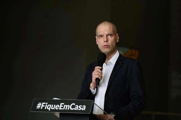 Prefeito Bruno Covas durante coletiva de imprensa sobre coronavírus