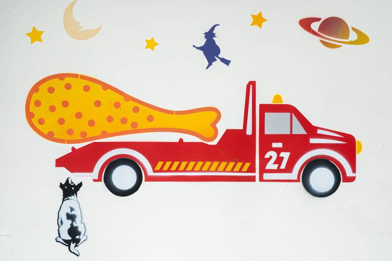 Ilustração do grafiteiro Ozi para a categoria seguro de automóvel mostra guincho levando coxa de frango superdimensionada