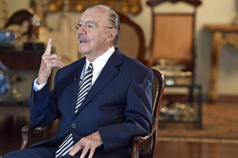 Aos 90, Sarney descarta risco para democracia, mas vê Brasil em labirinto político