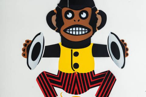 São Paulo, SP, Brasil, 19-04-2020: Categoria loja de brinquedo. Reprodução de ilustrações feitas pelo grafiteiro Ozi para a revista especial OMSP Serviços. As ilustrações foram inspiradas no trabalho de Alex Vallauri, um dos pioneiros do grafitti no Brasil (foto Gabriel Cabral/Folhapress)