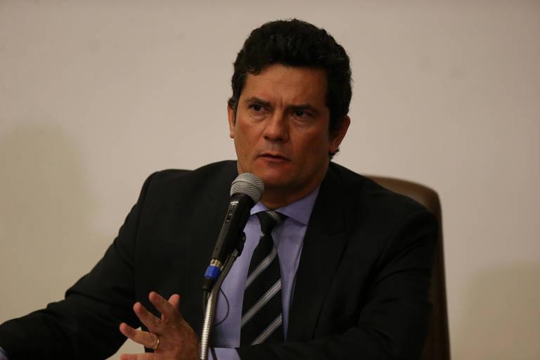 O ministro Sergio Moro durante pronunciamento em que anunciou sua demissão da Justiça, nesta sexta-feira (24)