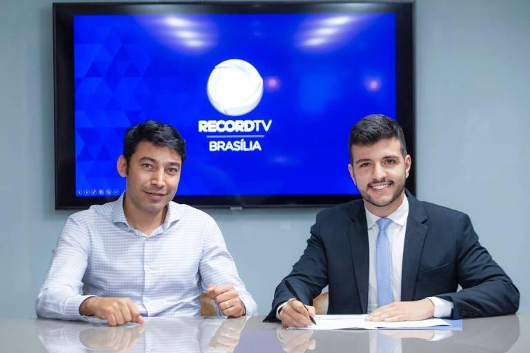 O jornalista Matheus Ribeiro assina com a RecordTV